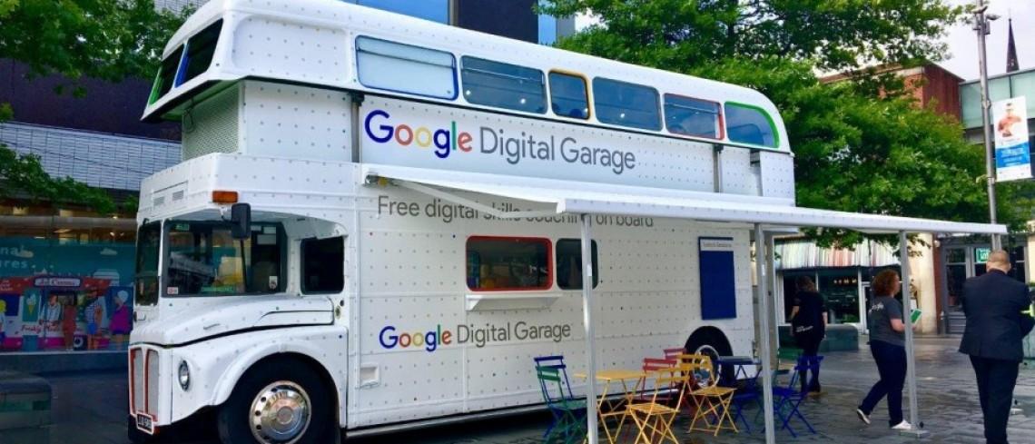google digital garage roadshow arrives at fox valley retail