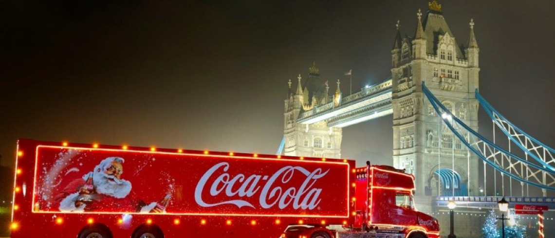 10 things you need to know about the Coca Cola Truck coming to Fox Valley | Tues 28th November 11am-7pm.