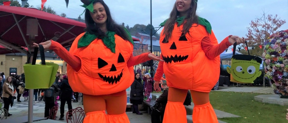 Crowds turn out for Fox Valley's Halloween Spooktacular