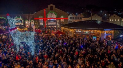 Thousands turn out for Fox Valley's festive weekend