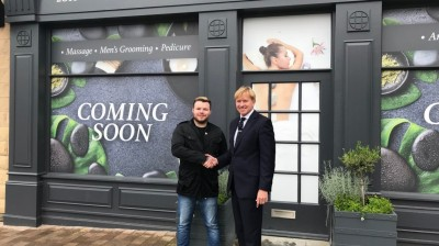 NEW BARBERS AND MENS GROOMING SALON TO OPEN AT FOX VALLEY