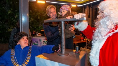 Crowds turned out for the Fox Valley Christmas light switch on event