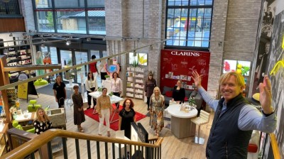 SHOPPERS RETURN TO FOX VALLEY AS MORE STORES REOPEN!